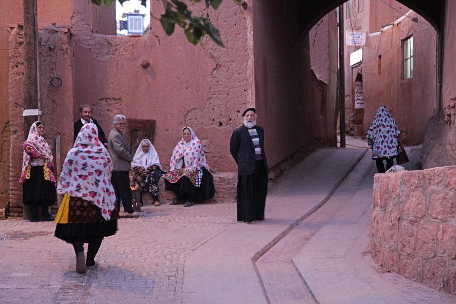 photos of iran abyaneh village