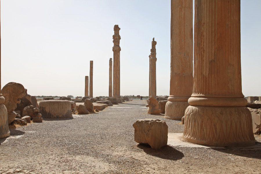 photos of iran persepolis ruins