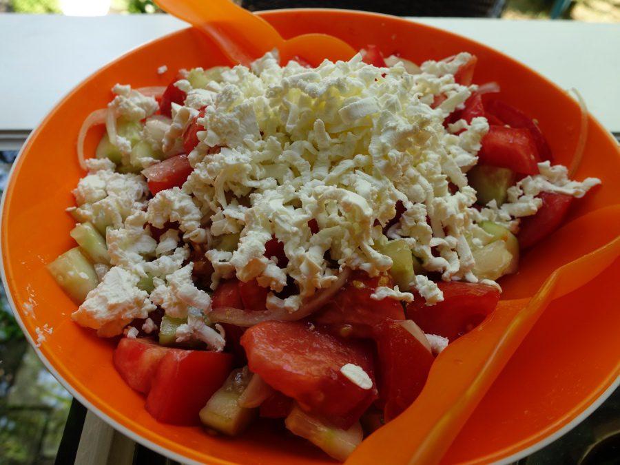 cooking class in belgrade shopska salad