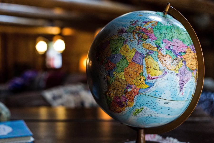 How many countries are there in the world - the globe