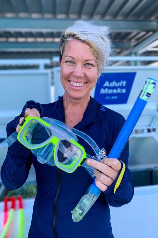 snorkelling on reefsleep