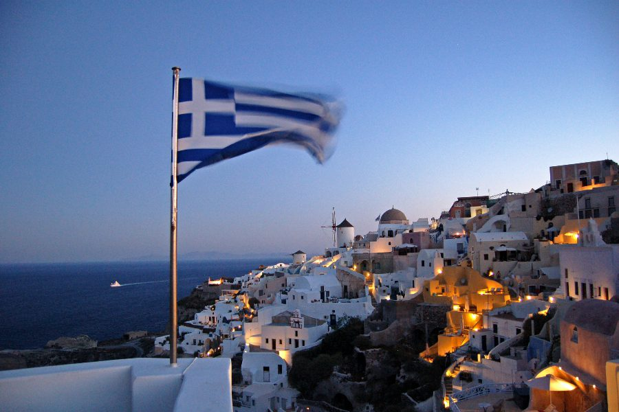 10 Amazing Countries Open for Vaccinated Tourists - Greece