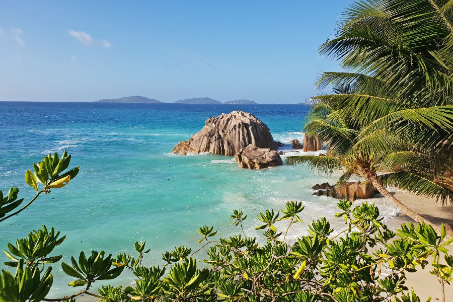 10 Amazing Countries Open for Vaccinated Tourists - Seychelles