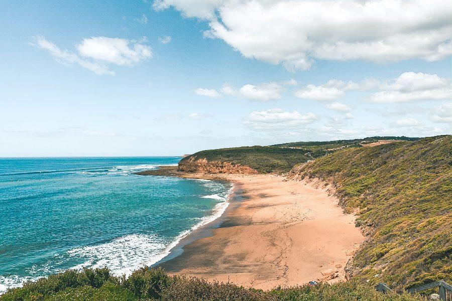 places on great ocean road bells beach