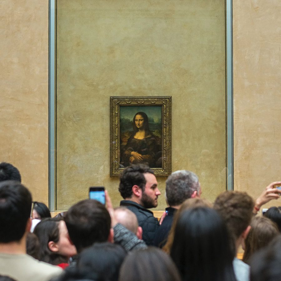 Mona Lisa and the crowds at Louvre - everyone hates over tourism