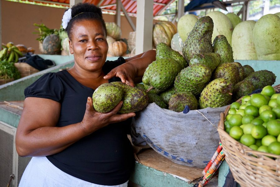 what to eat in haiti lady markets